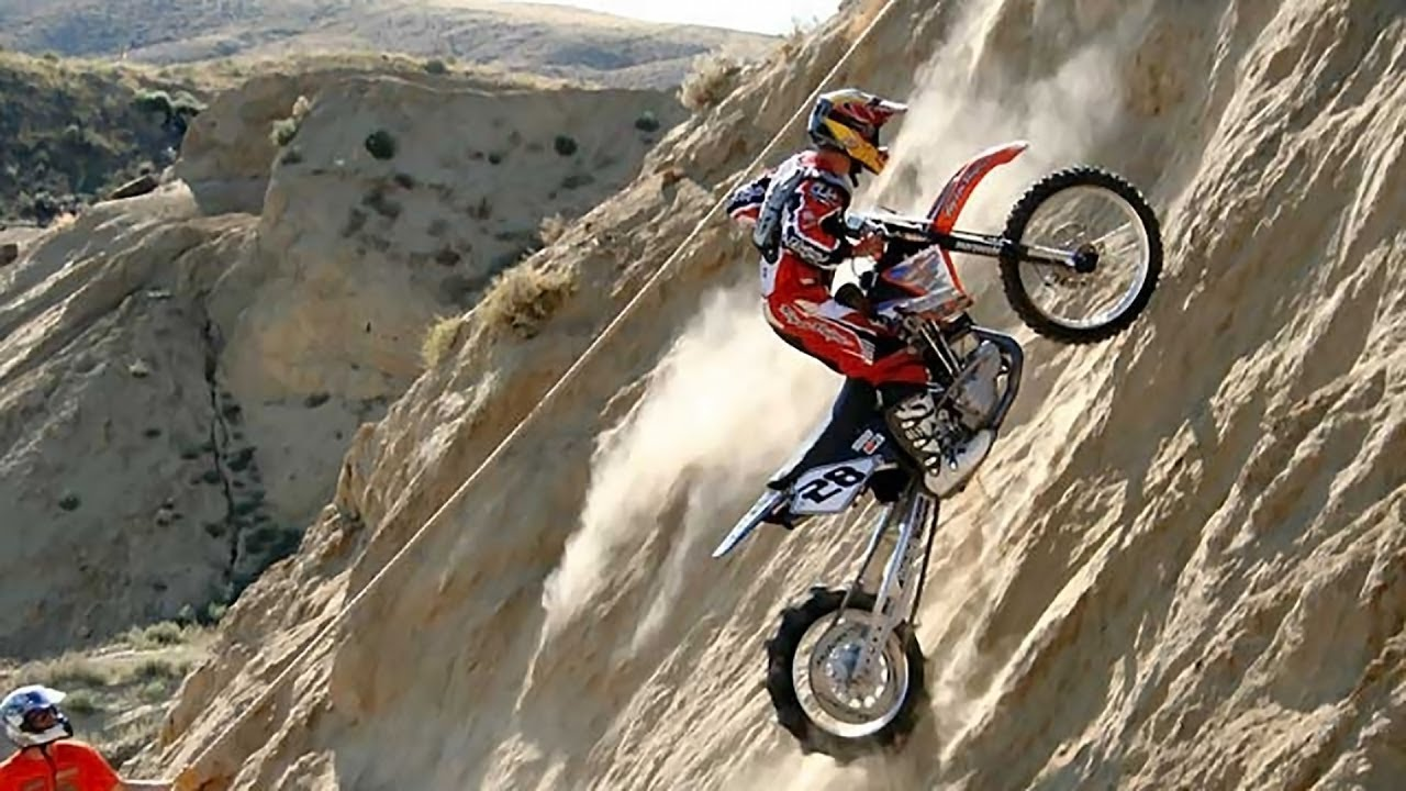 Daredevil Bikers Do IMPOSSIBLE HILL CLIMBS In Andler ...