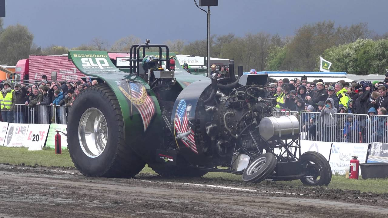 Souped Up Tractor : Monstrous tractor rips through the mud in this insane