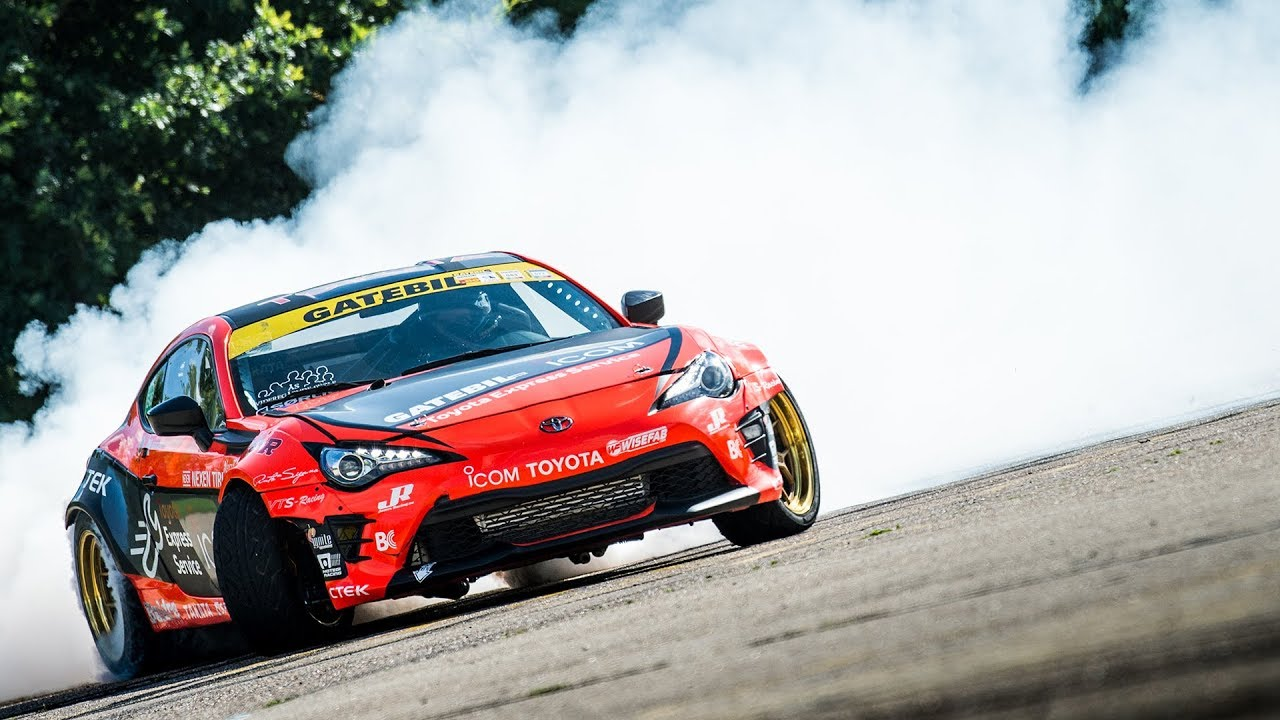 toyota gt86 drifted and made an 86 sign then filmed by a freaking satellite. Black Bedroom Furniture Sets. Home Design Ideas